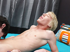 twink oral gay boys